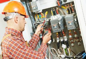 Electrocution Dangers - Fuse Abuse