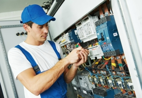 Hiring a Commercial Electrician Can Ensure Electrical Safety